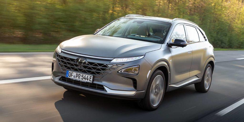 Als Wasserstofffahrzeug eignet sich der Hyundai Nexo besonders für Langstreckenfahrten im Dienstwagen