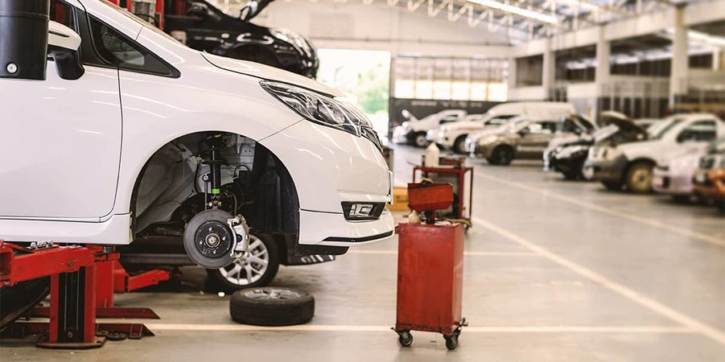 Werkstattkosten müssen in die Aufwändungen des Arbeitgebers für Firmenwagen einbezogen werden.